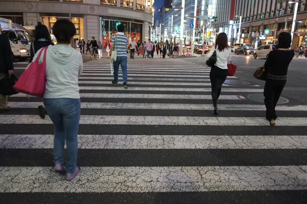 Crosswalk Accident – Who Has the Right of Way?